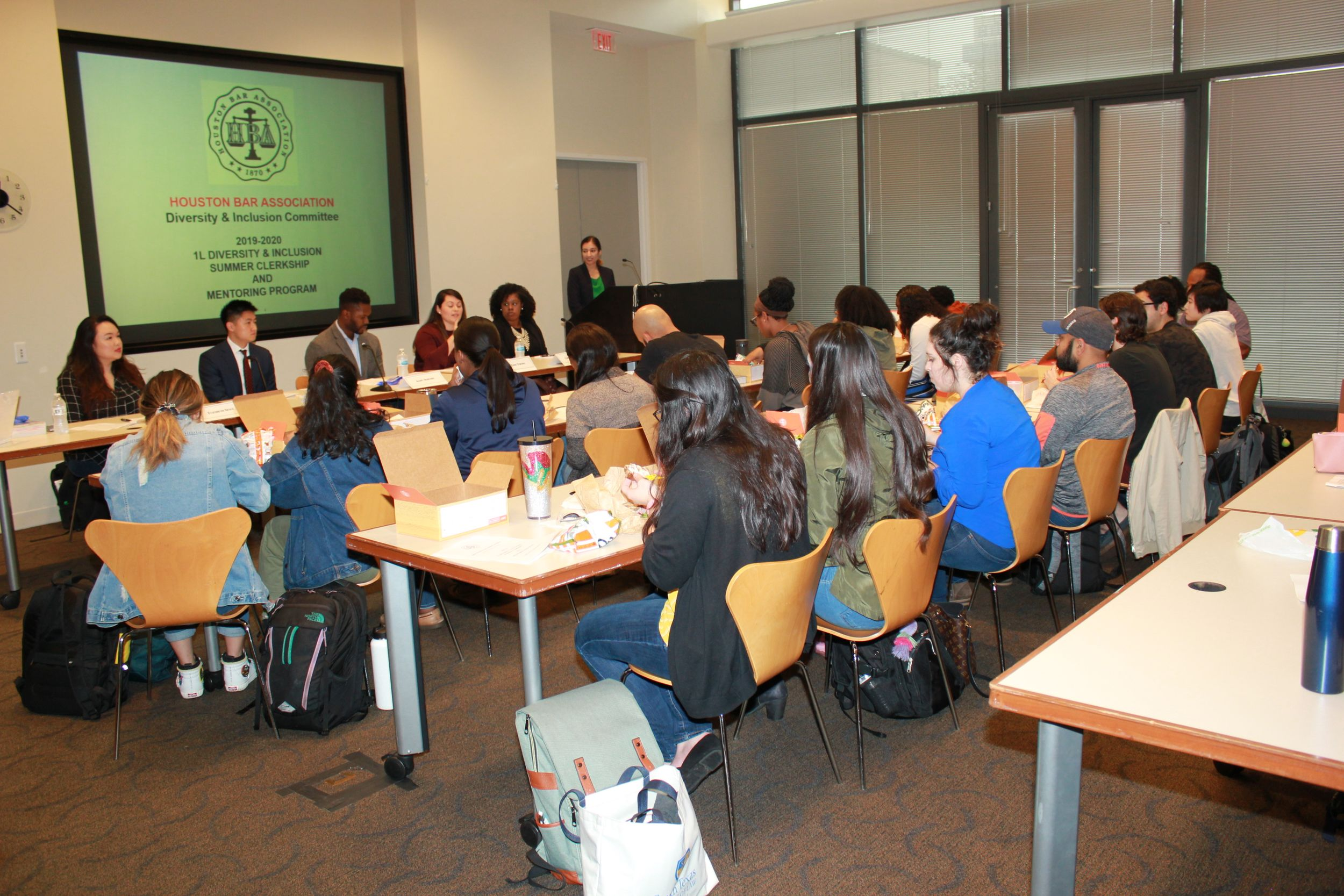 Students and presenters at the STCL session on October 29